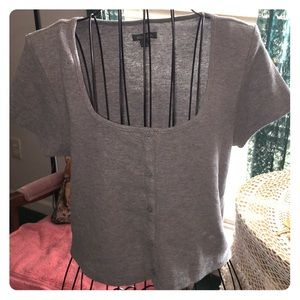 NWOT. Wild Fable crop 100% cotton shirt. Size M